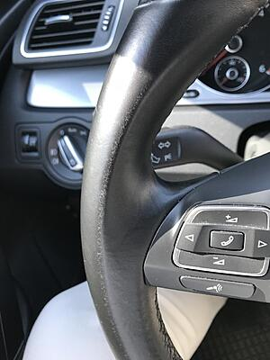 Discoloration of the steering wheel-thumbnail_img_5387-jpg