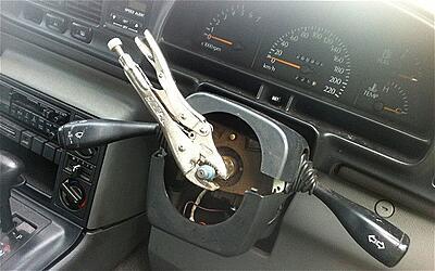 Displaying Images on our Forum-steering-wheel_2625587b-jpg