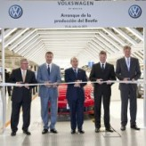 Volkswagen starts production of the new Beetle in Mexico