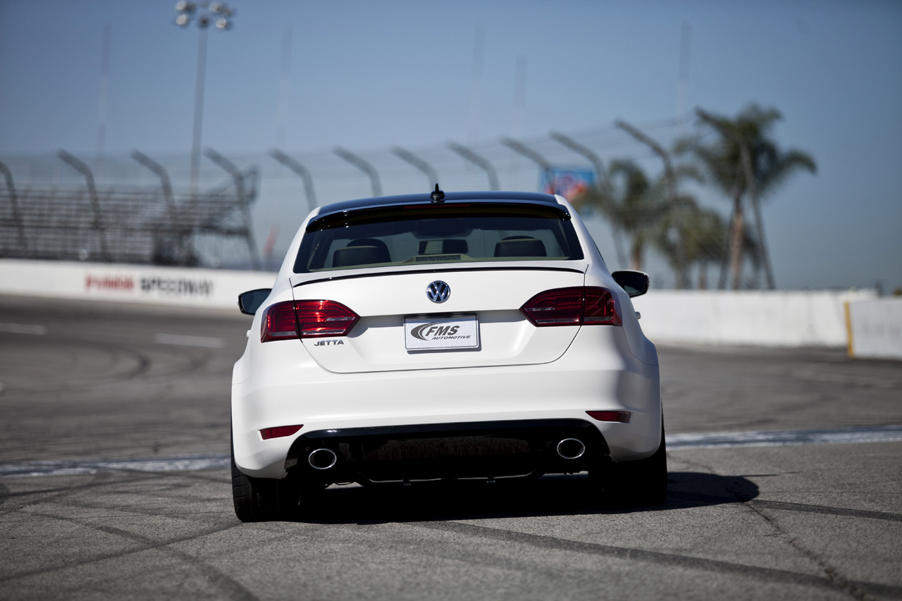 Volkswagen S New Turbo Engines And 2015 Golf On Display At