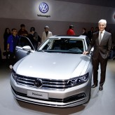Geneva 2016: World premiere of a new Volkswagen luxury saloon – Phideon
